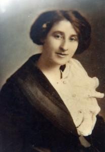 Mary Cohen 1916 Ron's momN